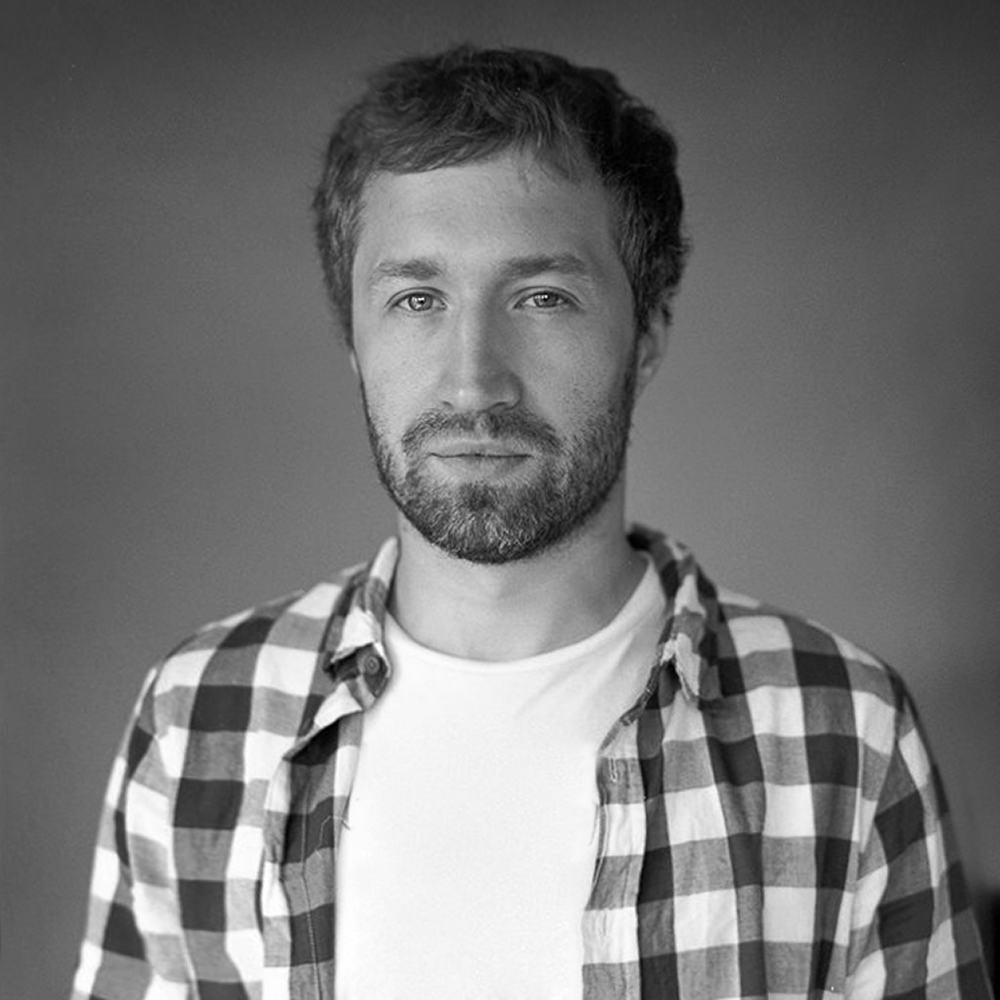 interview alexander yakovlev. Black Bedroom Furniture Sets. Home Design Ideas